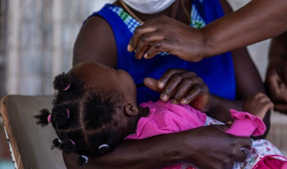 Over four million children in Zimbabwe have received a lifesaving new Typhoid Conjugate Vaccine . At the end of May, Zimbabwe's Ministry of Health and Child Care embarked on a 10-day multi-antigen vaccination drive aimed at children aged between 9 months and 15 years.<br><br>The campaign, which has since been expanded in a bid to reach a final target of almost 6 million children, is also an opportunity for children older than 6 months to access the Inactivated Polio Vaccine and a Vitamin A supplement. Girls aged between 10 and 15 years have also received the first and second doses of the Human Papillomavirus Vaccine .<br><br>Zimbabwe has battled frequent typhoid and cholera outbreaks for more than a decade due to inconsistent supply of clean water and inadequate sanitation, and hygiene services. The increased rates of drug-resistant typhoid called for preventive measures such as the new typhoid vaccine to help the country better protect its population, particularly its children.<br><br>To ensure that as many children as possible were immediately vaccinated, the Zimbabwean government, wit h support from the World Health Organization (WHO) and other partners, initially rolled out the campaign in schools. Over 4 million children were vaccinated against typhoid in just 10 days. The campaign is still ongoing, with an overall target of just under 6 million children.<br><br><a target=